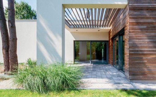 Jak zbudować taras na gruncie i taras na płycie betonowej w ogrodzie